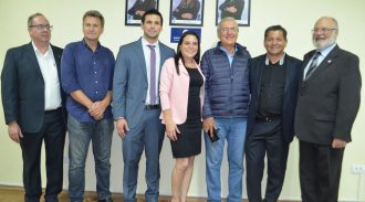 AESUL Inaugura Galeria De Fotos Dos Ex-Presidentes Do Conselho Deliberativo