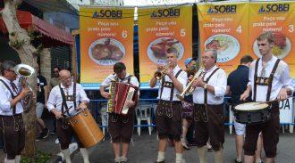 Saboreie A Gastronomia Alemã E De Outros Países Na MaiFest Nos Dias 27 E 28 De Maio