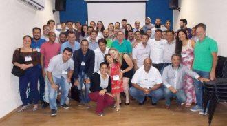 Jovens Empreendedores Da AESUL Celebram O Aprendizado De 2016