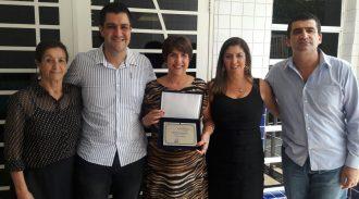 Vice-Presidente Do Conselho Deliberativo Da AESUL Recebe Prêmio Mulher 2016